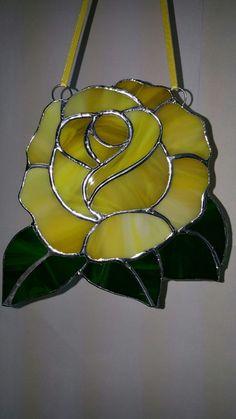 Stunning Yellow Rose Suncatcher Full Bloom Rose Shaped