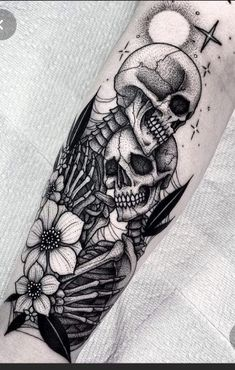 The Top Tattoo Ideas of March We shared the most admired tattoos in this collage in March for you. The Top Tattoo Ideas of March We shared the most admired tattoos in this collage in March for you. Small Skull Tattoo, Skull Tattoo Design, Tattoo Designs, Tattoo Ideas, Floral Skull Tattoos, Feminine Skull Tattoos, Skull Sleeve Tattoos, Leg Sleeve Tattoo, Feather Tattoos