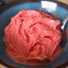 1 frozen peach 1/2 cup strawberries 1/4 cup Greek yogurt (per serving)- Blend until smooth! Yummy healthy summer dessert/snack!