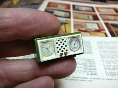 Dollhouse Miniature Furniture - Tutorials | 1 inch minis: 1 INCH SCALE CLOCK RADIO How to make a mid-century clock radio.