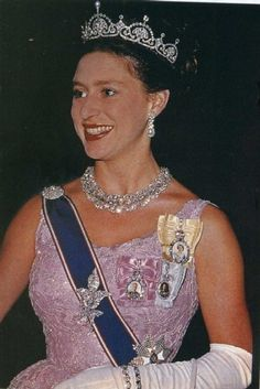 Princess Margaret the lotus flower tiara, four orders, a few small brooches and the teck circlet necklace.