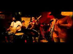 Llorona by Sonosfèra à la Casa Latina Bordeaux 23 01 2015 Llorona by Sonosfèra à la Casa Latina #Bordeaux http://youtu.be/THAxas52AlA  #bar #ambiance #mojito #tapas #concert #fiesta #discothèque #musique