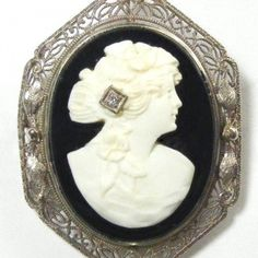 Beautiful vintage cameo habille - she has a real diamond in her hair