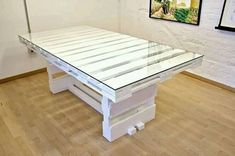 Pallet DIY Furniture Projects, Furniture made with wooden pallets. Recycled, Upcycled Pallet Furniture Ideas And Other Pallet Furniture Plans. Pallet Furniture Designs, Wooden Pallet Furniture, Recycled Furniture, Wooden Pallets, Furniture Projects, Diy Furniture, Wooden Chairs, Pallet Ideas Easy, Diy Pallet Projects