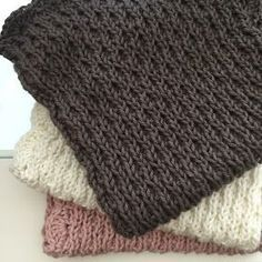 I 10 dage kan I afprøve denne dejlige model på en strikket klud. Opskrift og design er lavet af min skønne praktikant Anne Søby Peder...