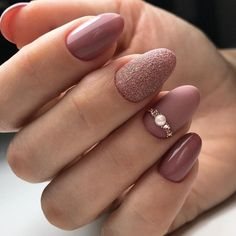 Spectacular wedding nail art designs to fascinate everyone - . - Spectacular wedding nail art designs to fascinate everyone – - Diy Nails, Cute Nails, Pink Manicure, Simple Gel Nails, Engagement Nails, Nagellack Trends, Wedding Nails Design, Wedding Manicure, Bride Nails