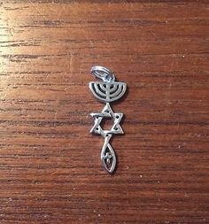 """.925 Sterling Silver Messianic Christian  Roots Symbol Necklace Pendant 1.5"""""""
