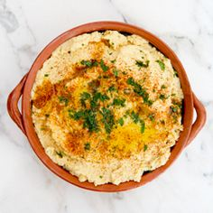 roasted garlic hummus- easy to make and so, so good! ________________________ Before the semester ends, I need to make this hummus
