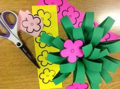 Mothers' Day Craft - Ideal for elementary classrooms!  Students make a bouquet.