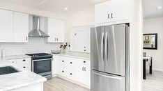Give an attractive look to your kitchen with our  S&I Construction experts tips @ Los Angeles. http://www.sandiconstructionpro.com/kitchen-remodeling/ Contact at: 18006386321