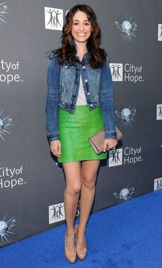 Emmy Rossum arrives for the City of Hope honoring Shelli And Irving Azoff with the 2011 Spirit of Life award at Universal Studios Hollywood on May 7, 2011 in Universal City, California.