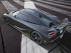 Koenigsegg Celebrates its 100th car with Agera Hundra (and some real 24 carat gold trim)