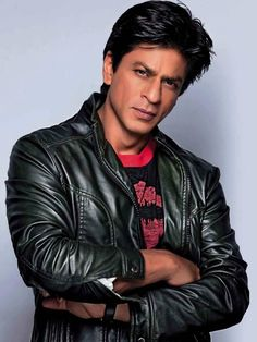 BEAUTIFUL @Omg SRK in the Stardust Yearbook 2014 pic.twitter.com/GPV62bt1O4