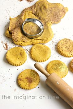 No-Cook Cinnamon Play Dough Recipe!