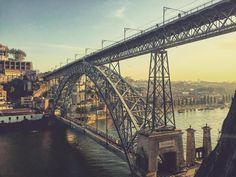 With a #breathtaking view over Douro #River and Porto's #riverside, this is the place to visit and collect timeless #memories
