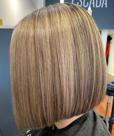 One Length Haircuts, One Length Bobs, Haircut Bob, Perfect Blonde, Blunt Bob, Inverted Bob, Blonde Bobs, Bob Hairstyles, Knitted Hats