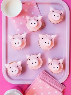 Make It! Piggy Cupcakes | Moomah the Magazine