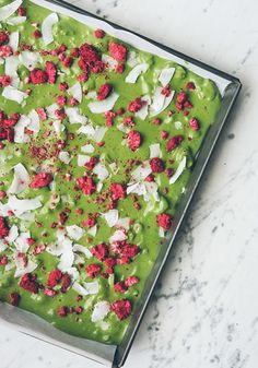 The vivid color of this Matcha White Chocolate Bark is only the start of its dessert perfection. Topped with coconut and raspberries, this recipe will delight your taste buds with its fresh and unique flavors.