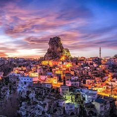 https://flic.kr/p/GkgwaQ | Cappadocia, Turkey😀💙 Bu seriye her baktigimda aklima @srknaydogan kardesim geliyor:) Asiri soguk ve ayaz bir gunde beni yalniz birakmayip 2-3 saat kadar benimle birlikte ince bir ceketle buz kesmis halde sabirla beklemisti👊:relax | via Instagram ift.tt/1snMmsS