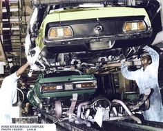 1971 Mustang and Cougar Assembly Line