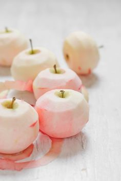 Pretty peeled apples (links to an apple dumpling recipe)