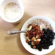 .. die beste Belohnung nach einem super frühen Workout! #frühstück #gutenmorgen #wochenende #porridge #healthy