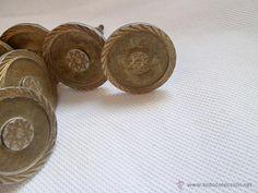 Lote 12 tiradores antiguos armario en metal color bronce 6 cm, 20 €