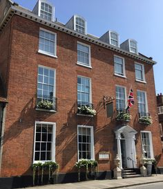 Beautiful Grade II wedding venue the Chichester Harbour Hotel is located in Chichester, West Sussex. Say 'I do' in a venue steeped in history.