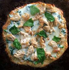 Fathead Pizza Dough- THE BEST KETO Pizza! Doing the Keto diet? You need this keto Fathead pizza dough recipe in your life! Ketogenic Recipes, Low Carb Recipes, Diet Recipes, Cooking Recipes, Healthy Recipes, Pizza Recipes, Ketogenic Diet, Low Carb Spaghetti, Healthy Fats