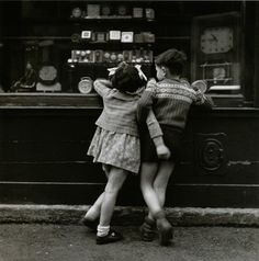 Édouard Boubat, paris, france, 1948. Love this