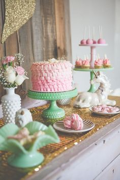 Gorgeous dessert table / Heather Lynn Photographie See more www.rusticfolkweddings.com/2015/02/16/magical-vintage-unicorn-party/