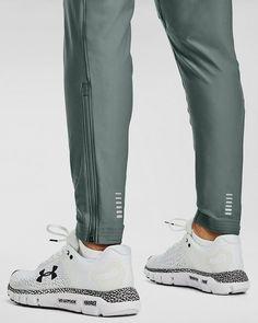 Track Pants Mens, Mens Fashion Sweaters, Mens Joggers, Sweatpants, Camisa Polo, Running Pants, Summer Pants, Adidas Outfit, Underwear Shop