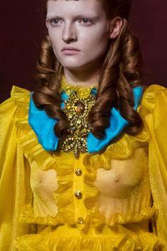 Gucci at Milan Fashion Week Spring 2017 - Details Runway Photos Gucci Fashion, Fashion Show, Milan Fashion, Gucci Spring 2017, Spring Fashion Trends, Sheer Fabrics, Yellow Dress, Ready To Wear, Runway