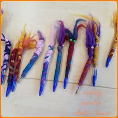 Viltworkshop  Atelier Naaiz11: penmonstertjes vilten groep 4, 5 en 6.