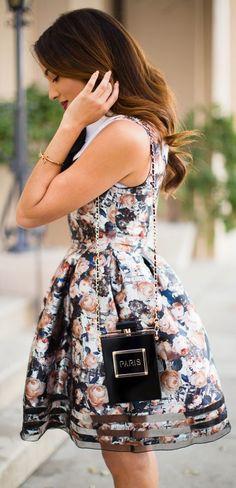 Black Perfume Bottle Shoulder Bag!~LOVE AT FIRST SIGHT!~