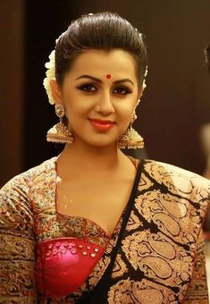 Hellow every one this page contains Sexy Nikki Galrani Hot Photos, Images, Pics and also Nikki Galrani Boobs and Bikini Photos. Beautiful Indian Actress, Beautiful Actresses, Beautiful Celebrities, Beautiful Girl Image, Beautiful Women, Indian Beauty Saree, Bikini Photos, India Beauty, Hd Photos