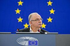Συνέντευξη στο Ραδιόφωνο 24/7: «Πρέπει όλοι να συνειδητοποιήσουμε ότι η συμφωνία για το Μακεδονικό και η χθεσινή απόφαση του Eurogroup βάζουν την Ελλάδα σε μία νέα περίοδο»