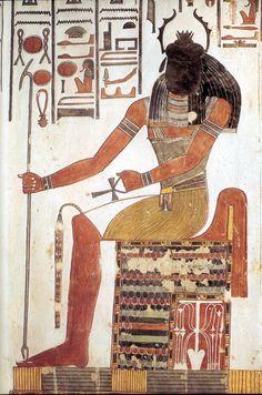 KHEPRI - dieu solaire, fait partie, avec RÊ et ATOUM de la triade d'Héliopolis. Il est représenté, dans la tombe de Ramsès Ier et de Nefertari sous la forme d'un homme dont la tête est remplacée par un scarabée tout entier.