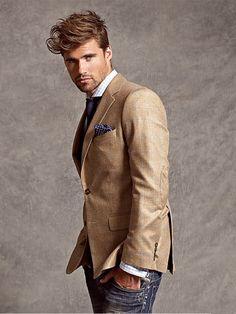 Sport coat and jeans. Sport coat and jeans. Sharp Dressed Man, Well Dressed Men, Gentleman Mode, Gentleman Style, Blazer En Tweed, Blazer Jeans, Jacket Jeans, Tan Blazer, Blazer Outfit
