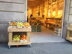 #_lamercè store. #fruit #store #barcelona Muntaner 100.