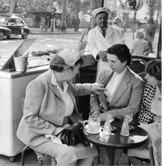 Ile De France, Paris, 1955 © Henri Cartier-Bresson/Beetles & Huxley