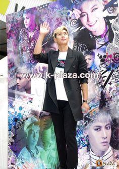 2014.06.17 Kim Hyun Joong @ 'HOTSUN' handshake event cr:k-plaza (23) pic.twitter.com/BDPpR4bMCq