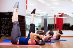 When Pilates and weight loss combine, it's a beautiful thing. Try this Pilates workout to aid your weight loss efforts. Pilates Workout, Fitness Workouts, Pilates Moves, Fitness Motivation, Tips Fitness, Group Fitness, Group Workouts, Gym Group, Lower Abdominal Workout