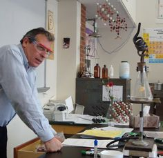 Chemistry teacher of the year shares his classroom insights