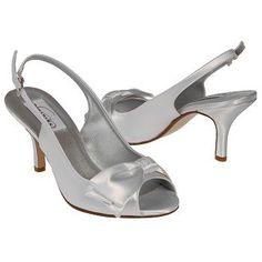 Dyeables Faye Shoes (White) - Women's Shoes - 7.5 B