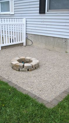 How to make a small #DIY round #backyard fire pit. Great project!