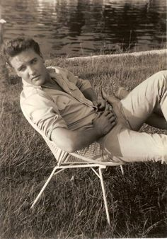 Elvis Presly real handsome man