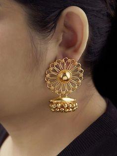 Indian Gold Jewelry Near Me Gold Jhumka Earrings, Gold Earrings Designs, Gold Jewellery Design, Earings Gold, Gold Bangles, Fancy Jewellery, Diamond Necklaces, Latest Jewellery, Bridal Jewellery