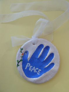 Handprint dove salt dough ornament craft for kids - peace Ornament Crafts, Christmas Projects, Holiday Crafts, Holiday Fun, Diy Ornaments, Holiday Ideas, Preschool Christmas, Kids Christmas, Christmas Ornaments