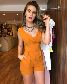 Fashion World Is A Official Web Site About Top Fashion Trends All Of The World With Top Male Fashion Models Top Female Fashion Models Cute Summer Outfits, Classy Outfits, Spring Outfits, Casual Outfits, Cute Outfits, Girl Fashion, Fashion Outfits, Womens Fashion, Fashion Trends